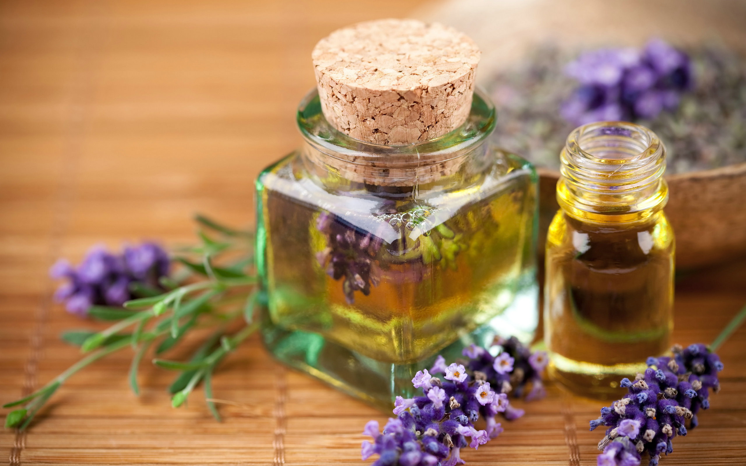 Lavender Oil Must Have In Your Medicine Cabinet